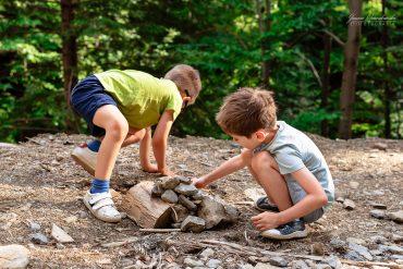 Zniechęcanie dzieci do zabawy w otoczeniu przyrody