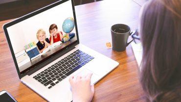 Nauczanie zdalne – jak pomóc dziecku