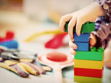 Zdolności manualne – jak rozwijać je u dzieci?